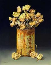 Blikje met gedroogde roosjes © Aad Hofman